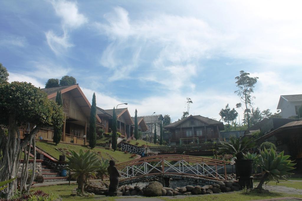 Villa Elsya, Lembang